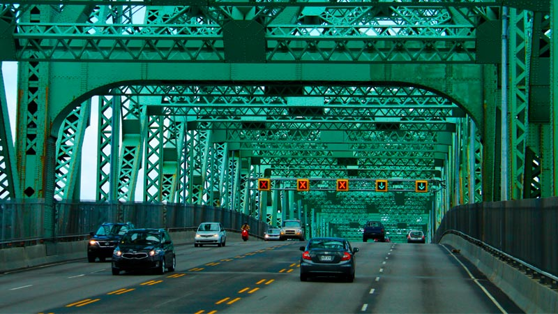 Puente Champlain en Canadá
